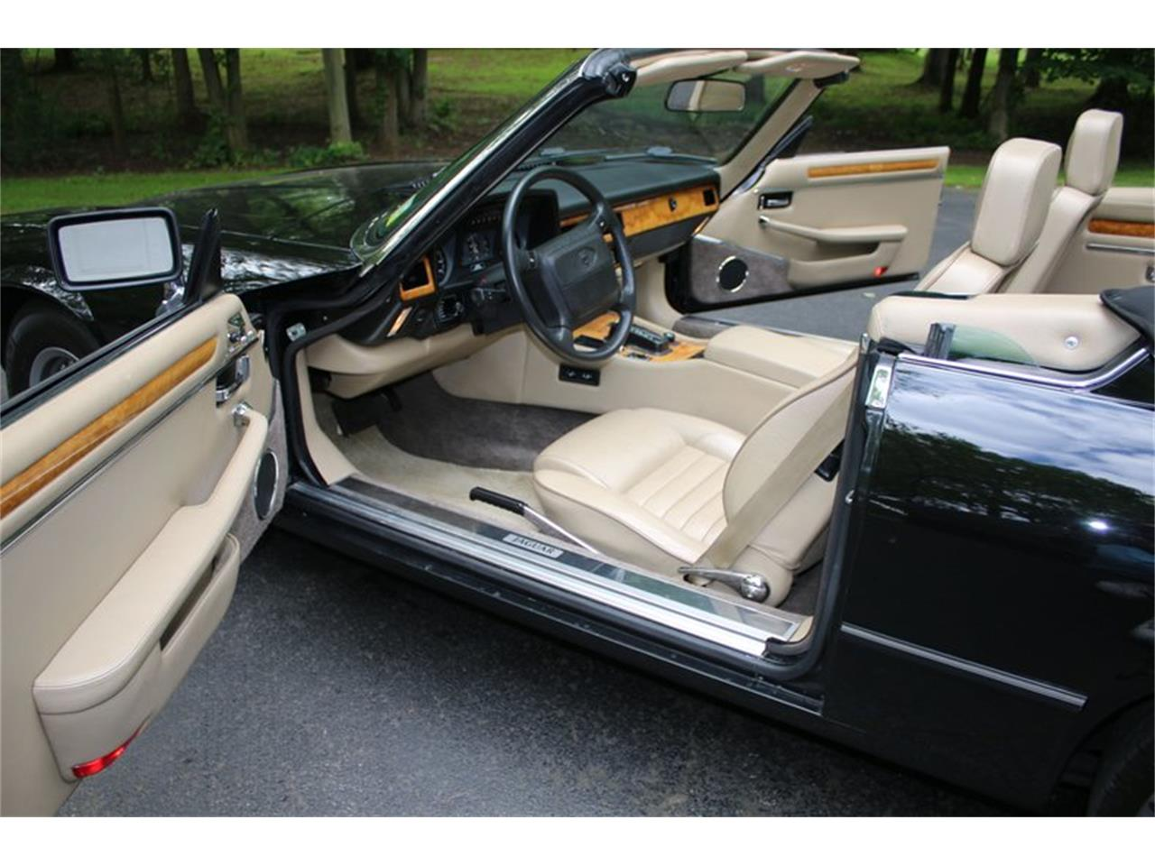 Large Picture of '91 XJS - QOOM