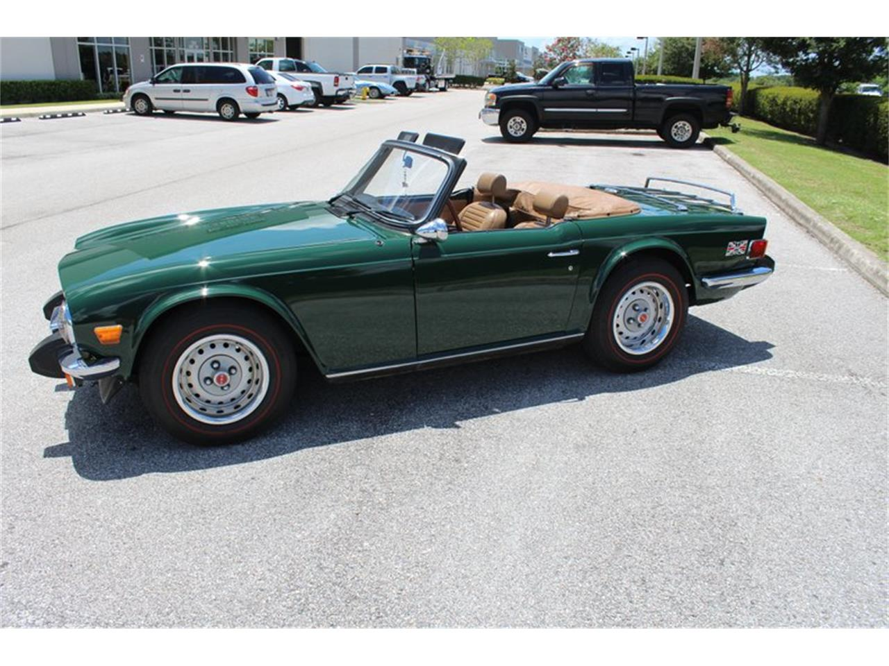 Large Picture of '76 TR6 - QOW7
