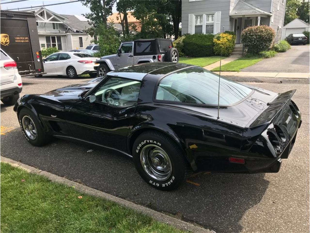 Large Picture of '79 Corvette - QOWV