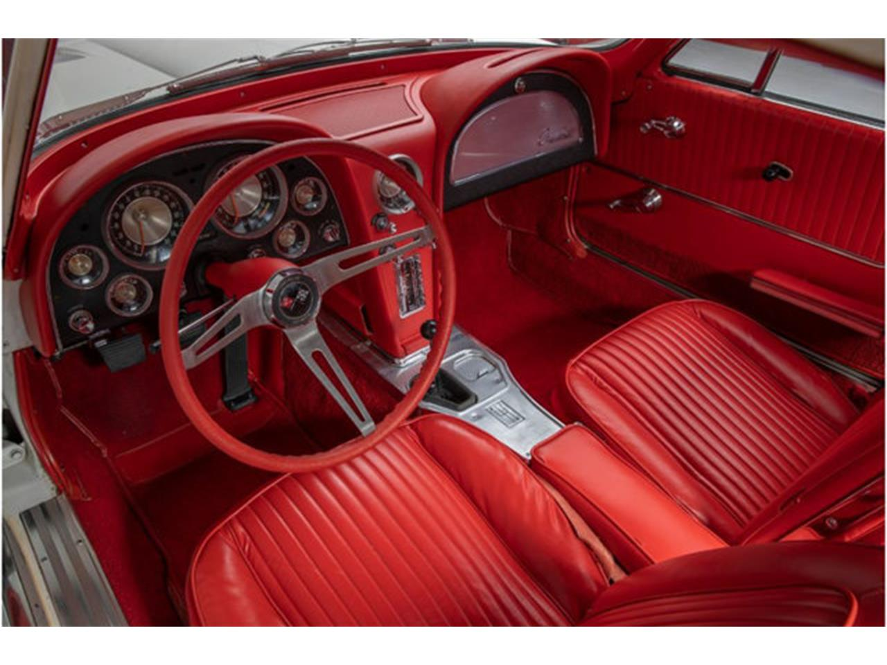 Large Picture of '63 Chevrolet Corvette located in New York - QOXV