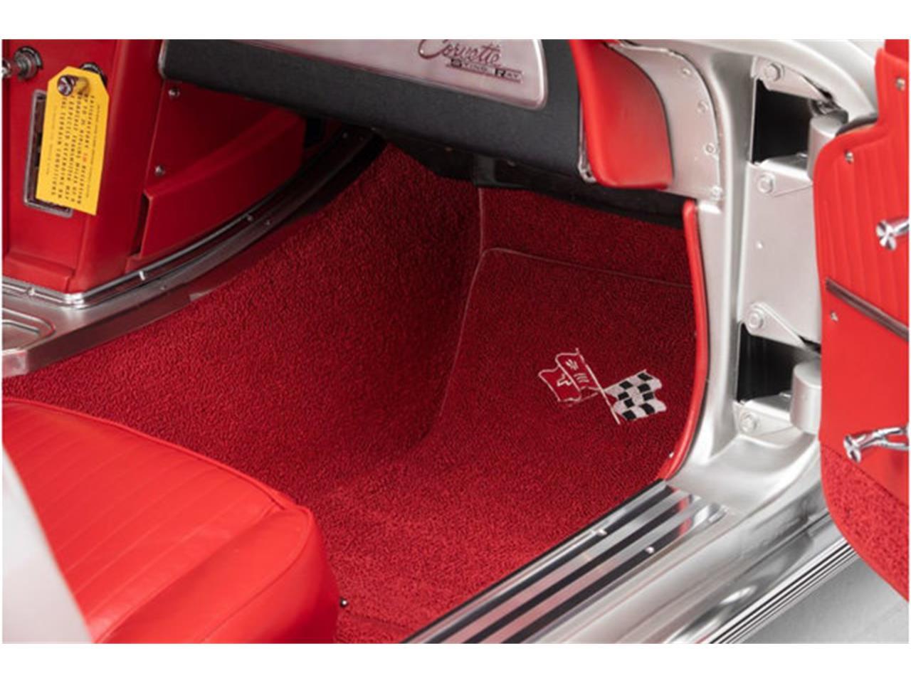 Large Picture of Classic 1963 Corvette Auction Vehicle - QOY3