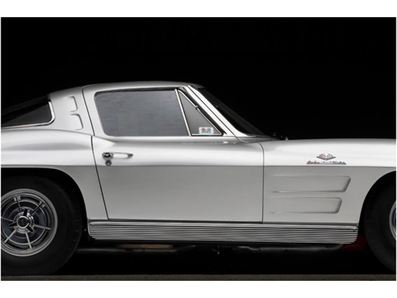 Large Picture of '63 Corvette Auction Vehicle Offered by Prestige Motor Car Co. - QOY3