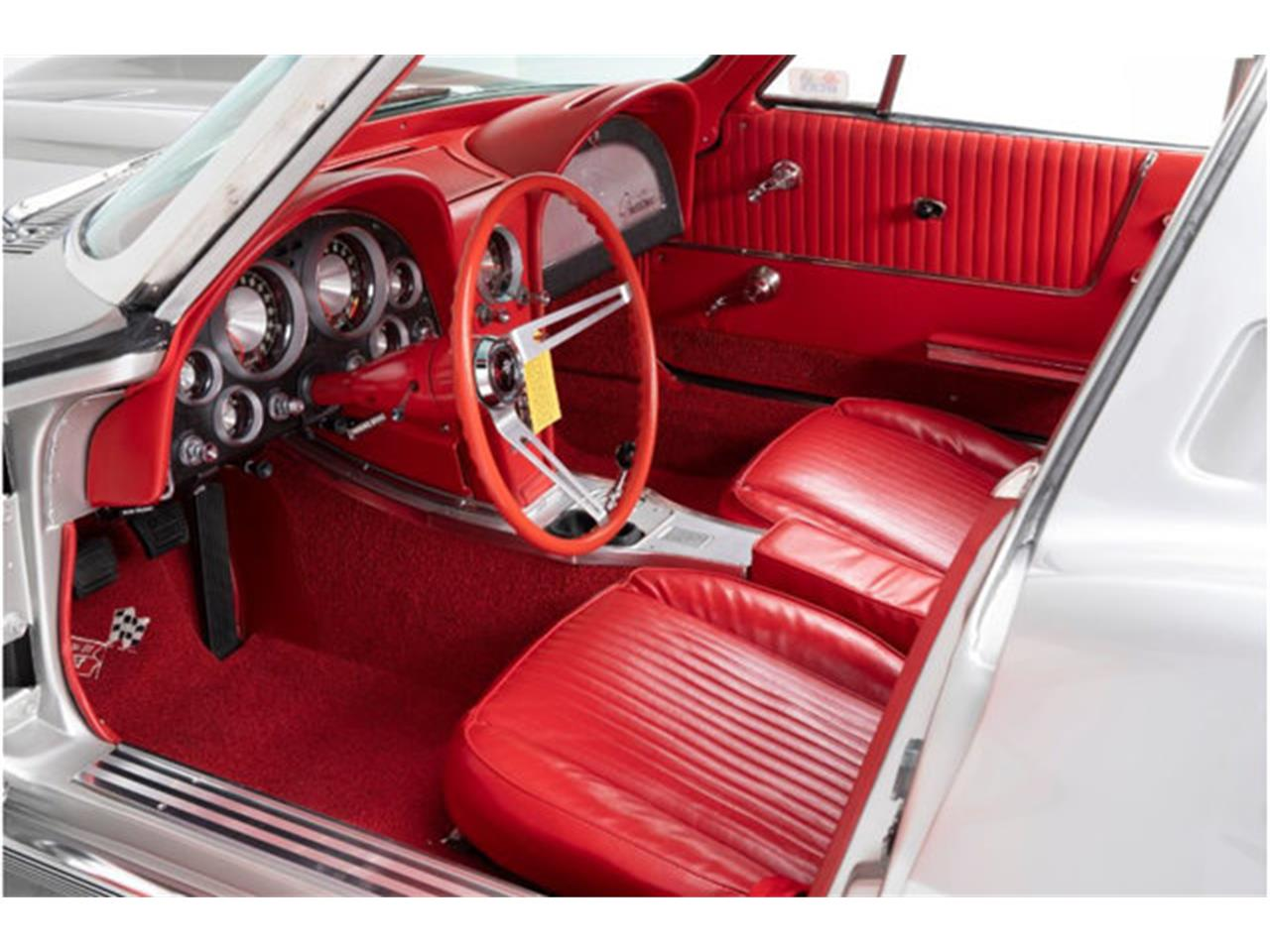 Large Picture of '63 Chevrolet Corvette Auction Vehicle Offered by Prestige Motor Car Co. - QOY3