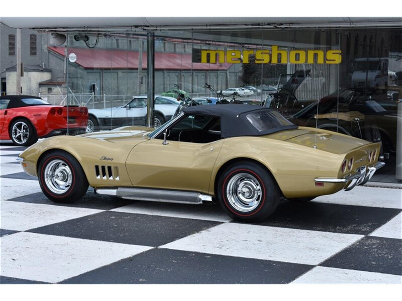 Large Picture of '69 Corvette - QKTY