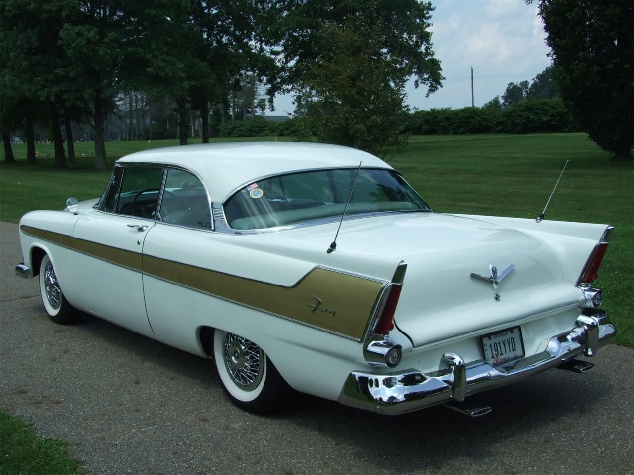 Large Picture of 1956 Fury - QOZC