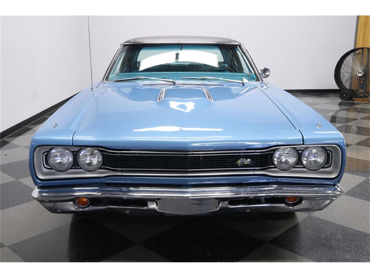 Large Picture of 1969 Dodge Super Bee located in Florida Offered by Streetside Classics - Tampa - QP0O