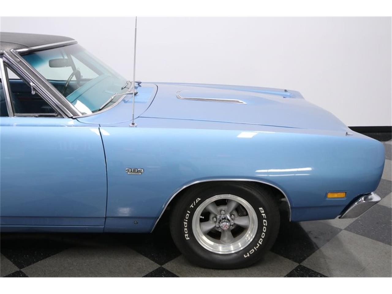 Large Picture of Classic '69 Dodge Super Bee Offered by Streetside Classics - Tampa - QP0O