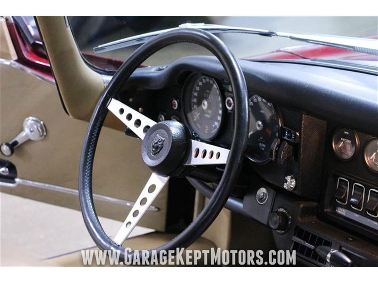 Large Picture of 1971 Jaguar E-Type Offered by Garage Kept Motors - QP0V