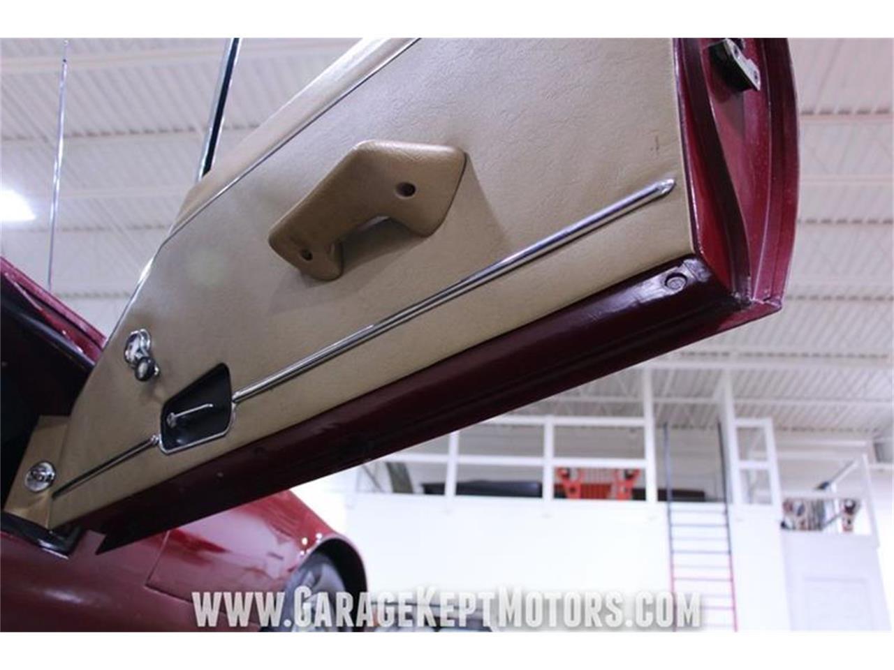 Large Picture of '71 Jaguar E-Type - $62,900.00 Offered by Garage Kept Motors - QP0V