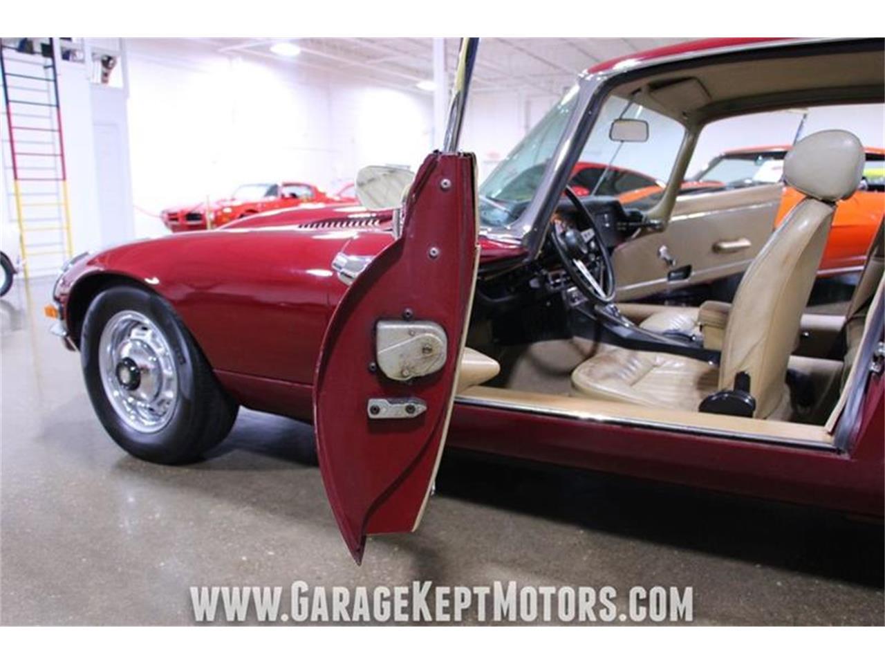 Large Picture of Classic '71 Jaguar E-Type - $62,900.00 Offered by Garage Kept Motors - QP0V