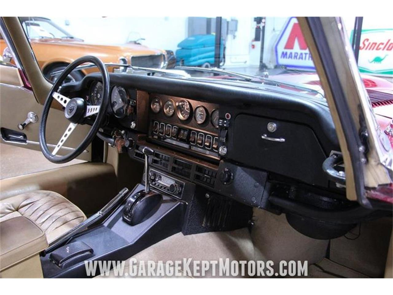 Large Picture of '71 Jaguar E-Type located in Michigan Offered by Garage Kept Motors - QP0V