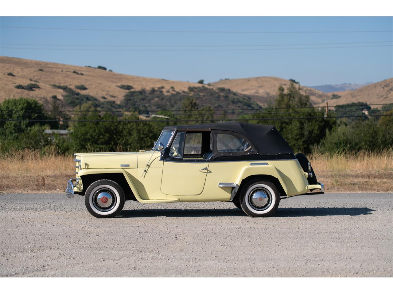 Large Picture of Classic '49 Jeepster located in California - QP2N