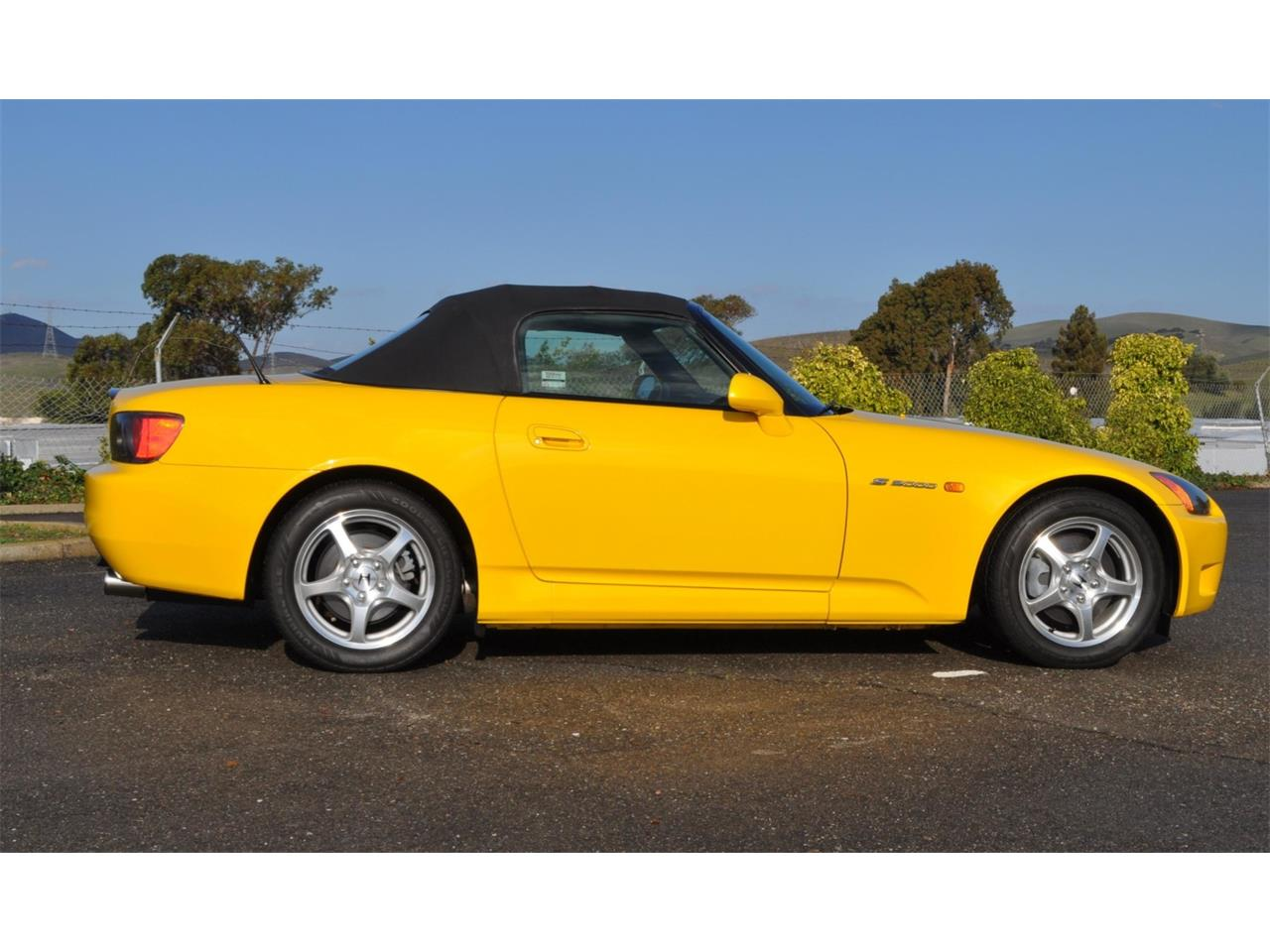 Large Picture of '00 S2000 Auction Vehicle Offered by Bring A Trailer - QP2U