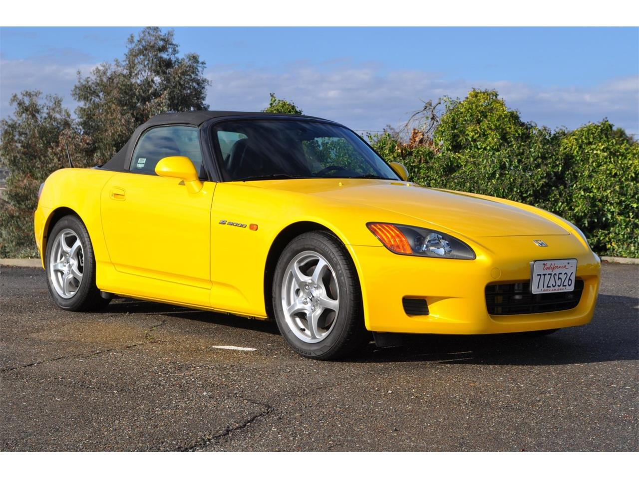 Large Picture of '00 S2000 located in California Auction Vehicle Offered by Bring A Trailer - QP2U