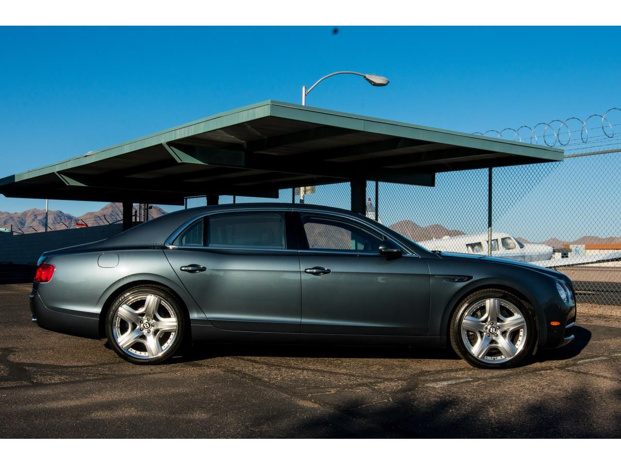 Large Picture of '14 Flying Spur - QP34