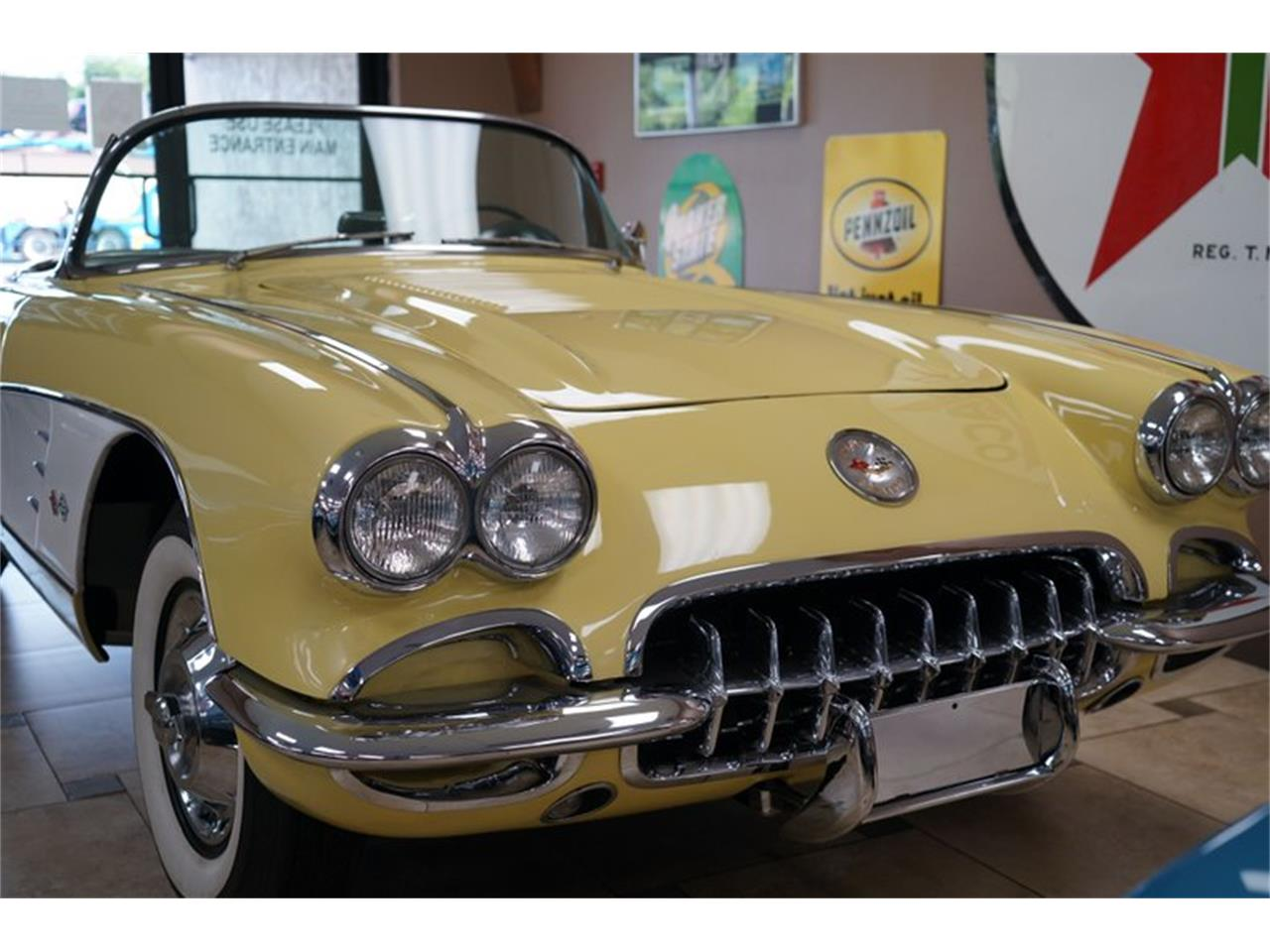 Large Picture of Classic '58 Corvette located in Florida Auction Vehicle - QP3Y
