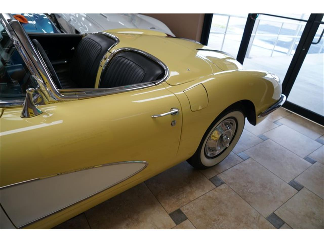 Large Picture of '58 Corvette Auction Vehicle Offered by Ideal Classic Cars - QP3Y
