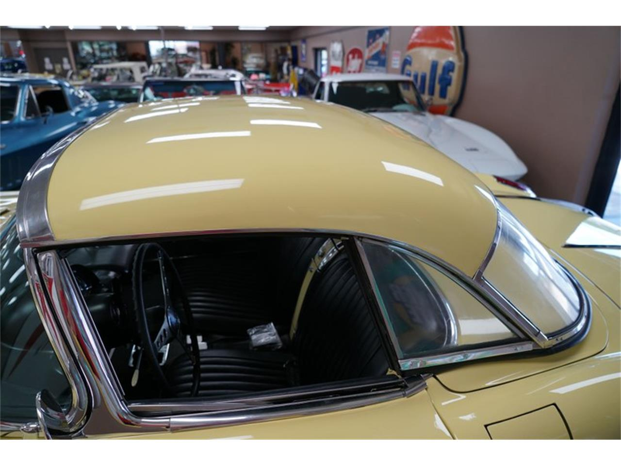 Large Picture of Classic '58 Chevrolet Corvette located in Venice Florida - QP3Y