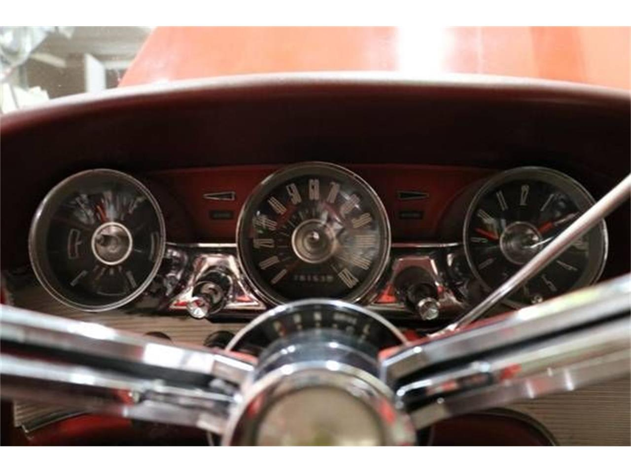 Large Picture of Classic '62 Ford Thunderbird located in Cadillac Michigan - QP5D