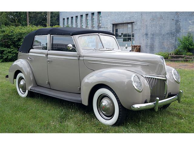 Picture of Classic '39 Ford Deluxe located in Ohio Offered by  - QP8H