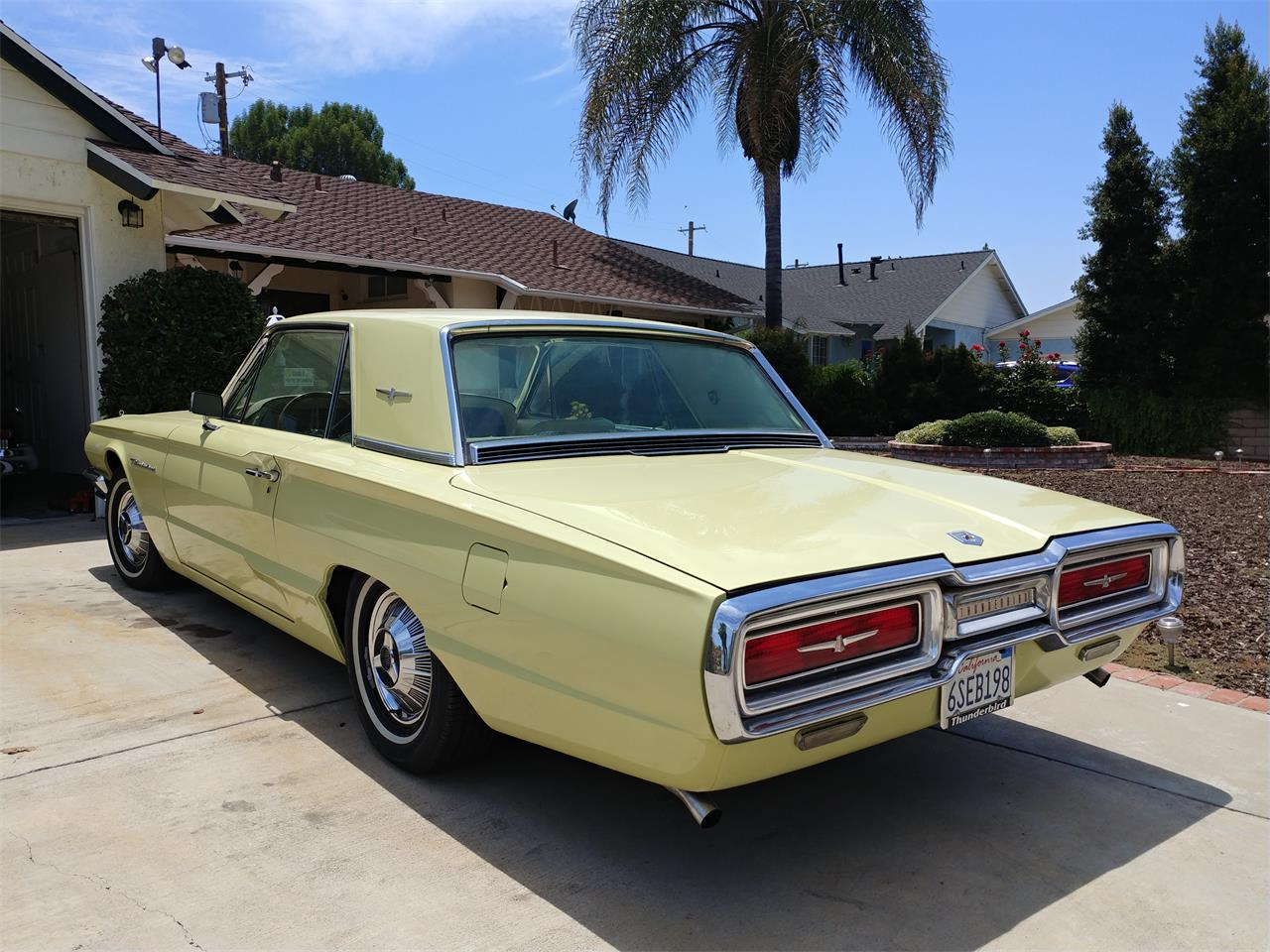 Large Picture of Classic 1964 Ford Thunderbird - $14,500.00 - QP8Y