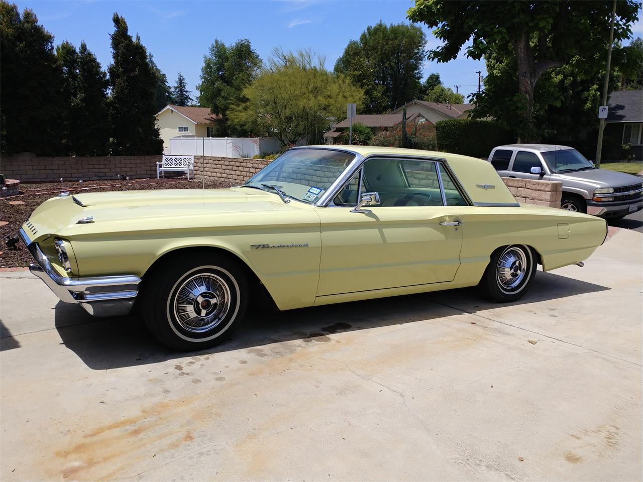 Large Picture of 1964 Ford Thunderbird - QP8Y