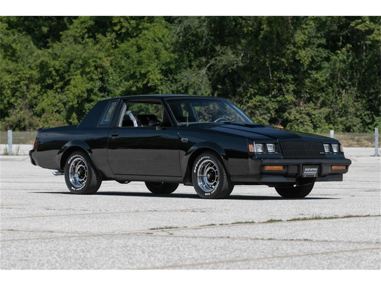 Large Picture of 1987 Buick Grand National located in St. Charles Missouri - $32,995.00 - QL95