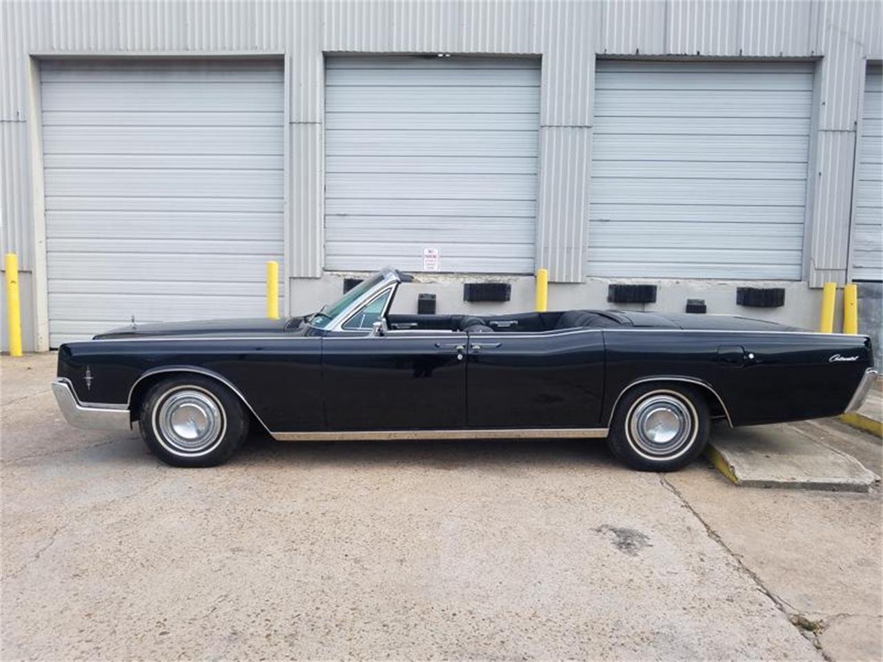 Large Picture of '67 Continental - QPKH