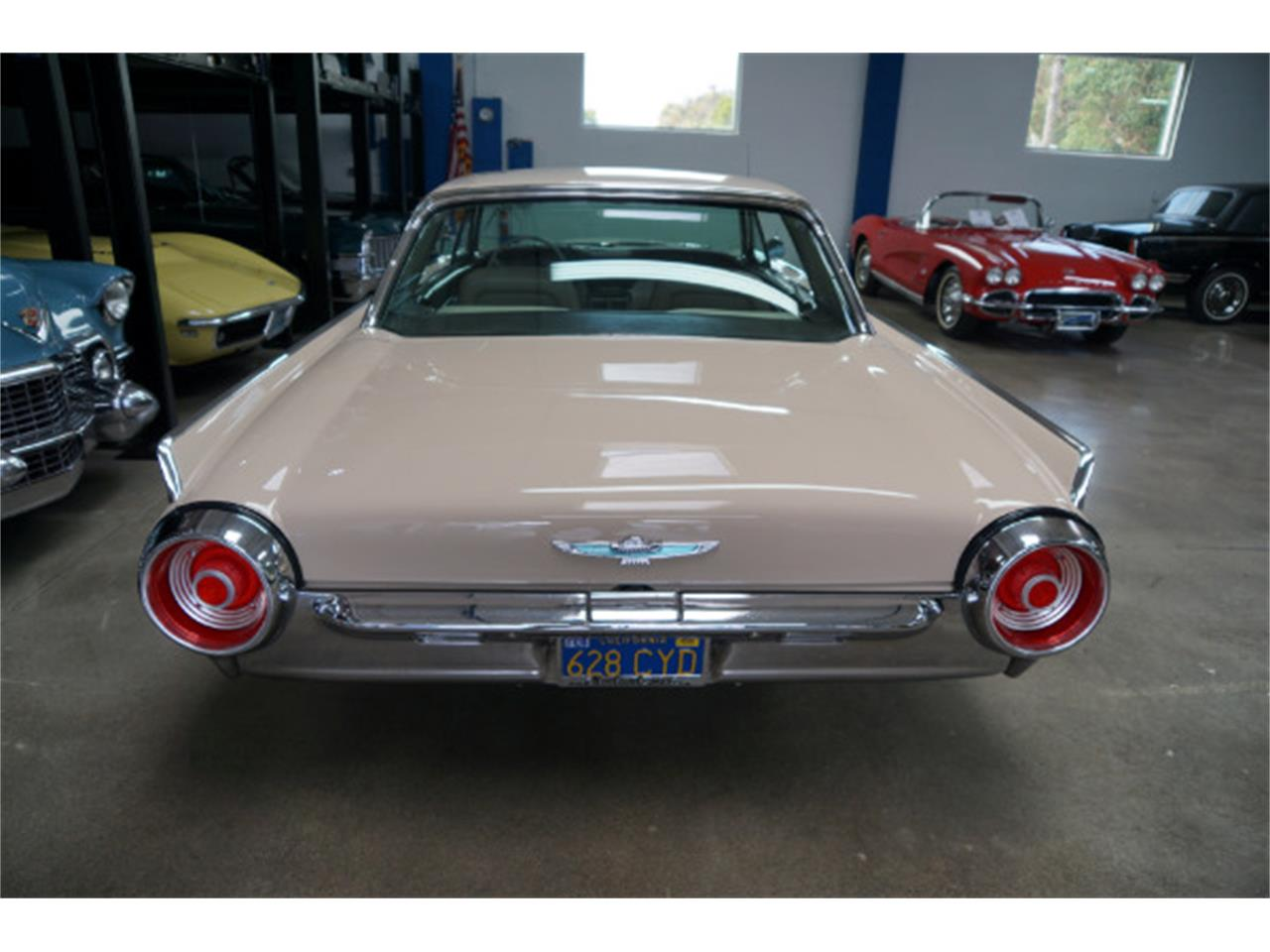 Large Picture of '62 Thunderbird - QPL9