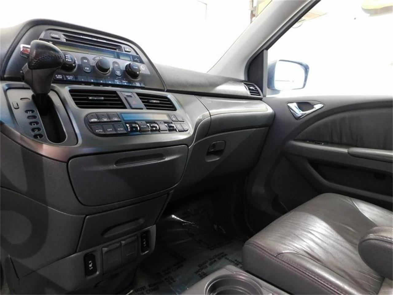 Large Picture of 2006 Honda Odyssey - $6,580.00 Offered by Superior Auto Sales - QPN6