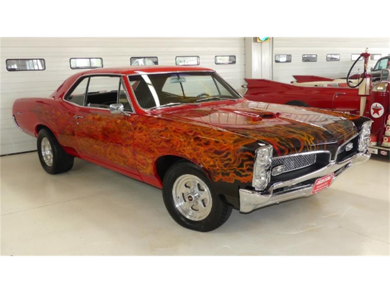 Large Picture of Classic 1967 Pontiac Tempest located in Columbus Ohio - QPPZ