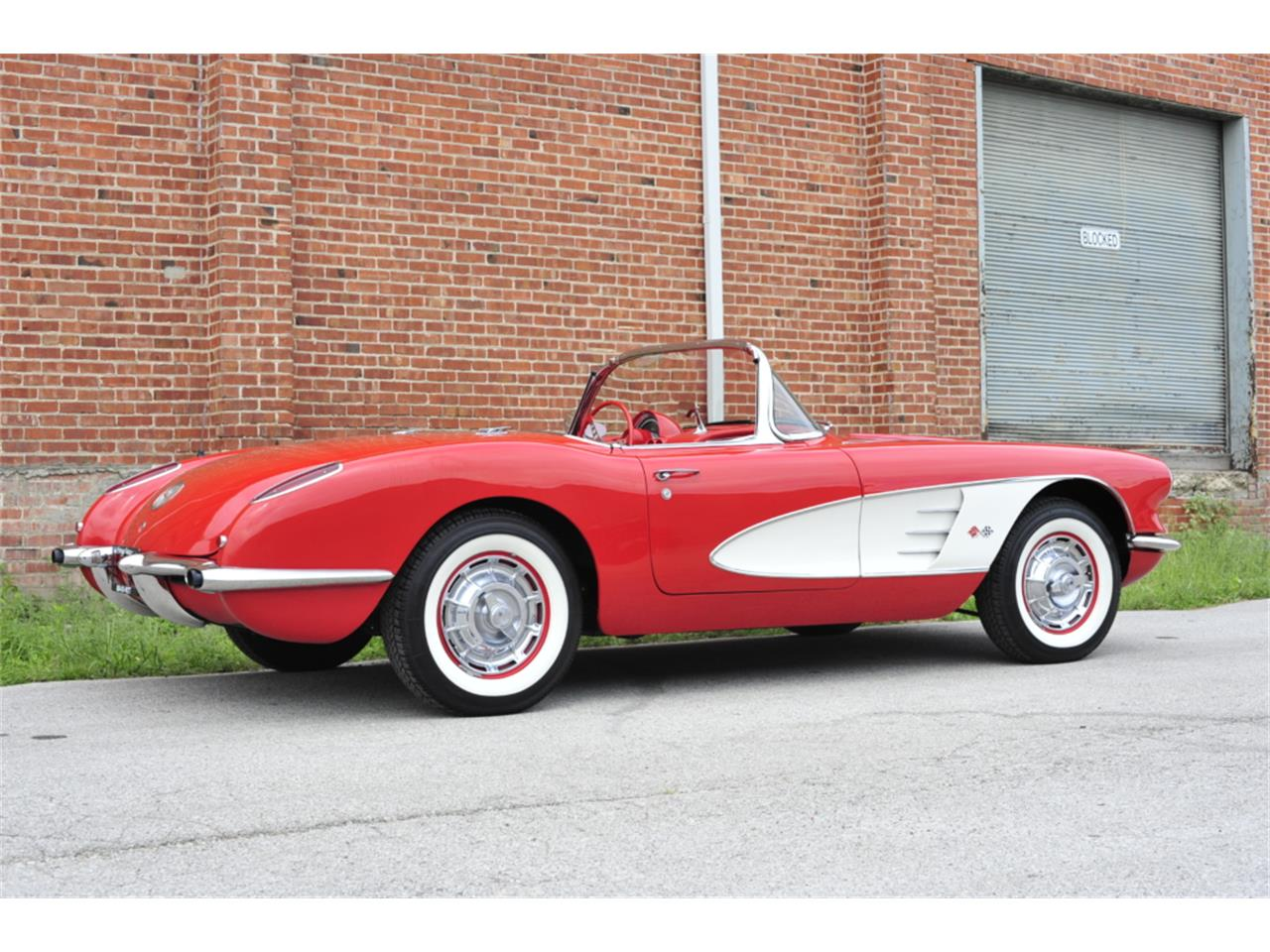 Large Picture of '60 Corvette - QPR4