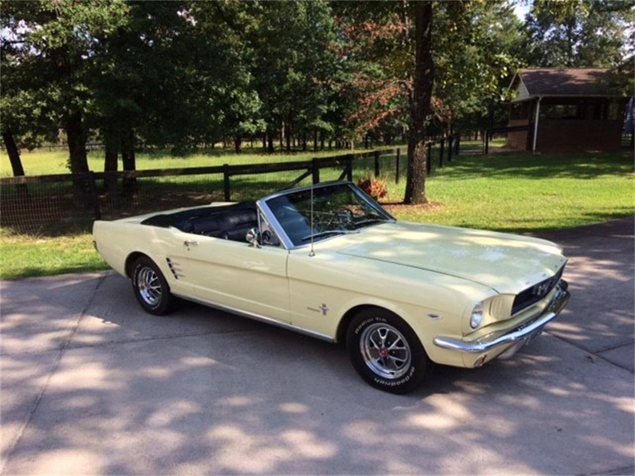 Large Picture of '66 Ford Mustang Offered by a Private Seller - QPS2