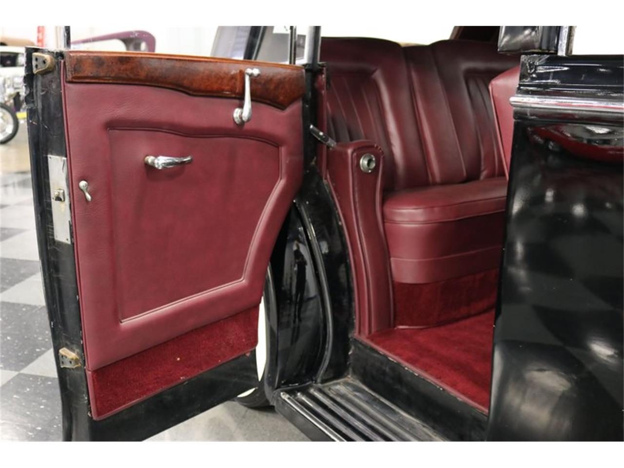 Large Picture of Classic 1949 Bentley Mark VI - $29,995.00 Offered by Streetside Classics - Dallas / Fort Worth - QPTN