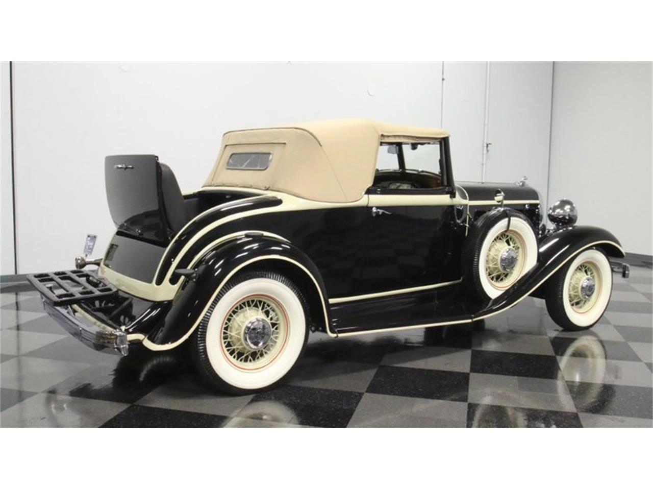 Large Picture of Classic 1933 Imperial located in Georgia Offered by Streetside Classics - Atlanta - QPTQ