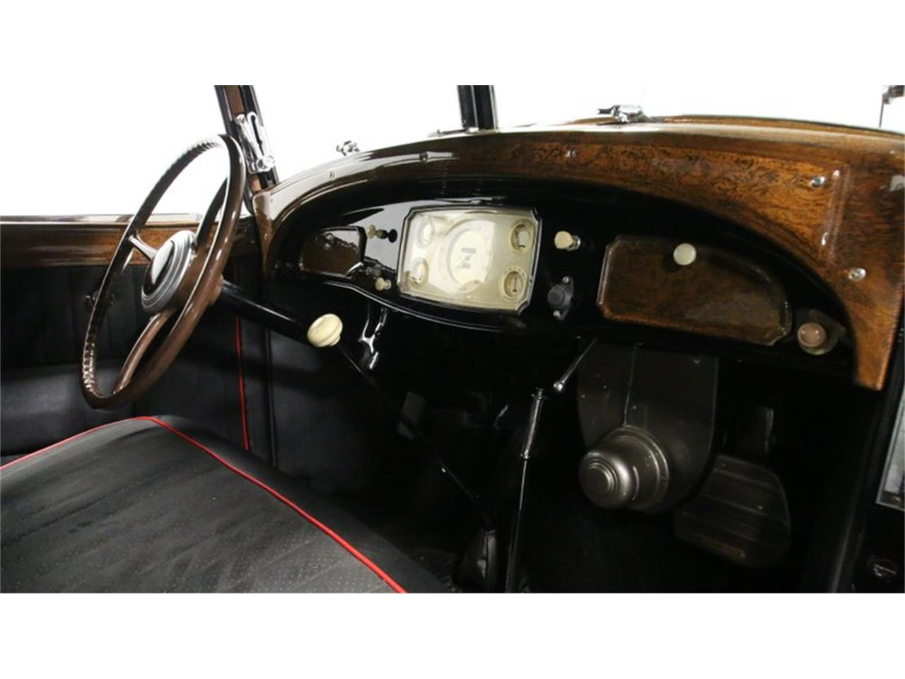 Large Picture of '33 Imperial Offered by Streetside Classics - Atlanta - QPTQ