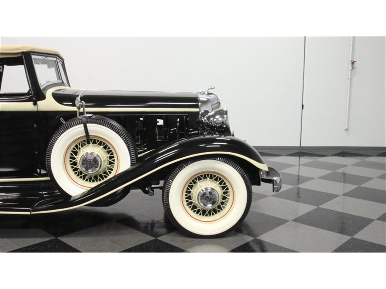 Large Picture of 1933 Chrysler Imperial Offered by Streetside Classics - Atlanta - QPTQ