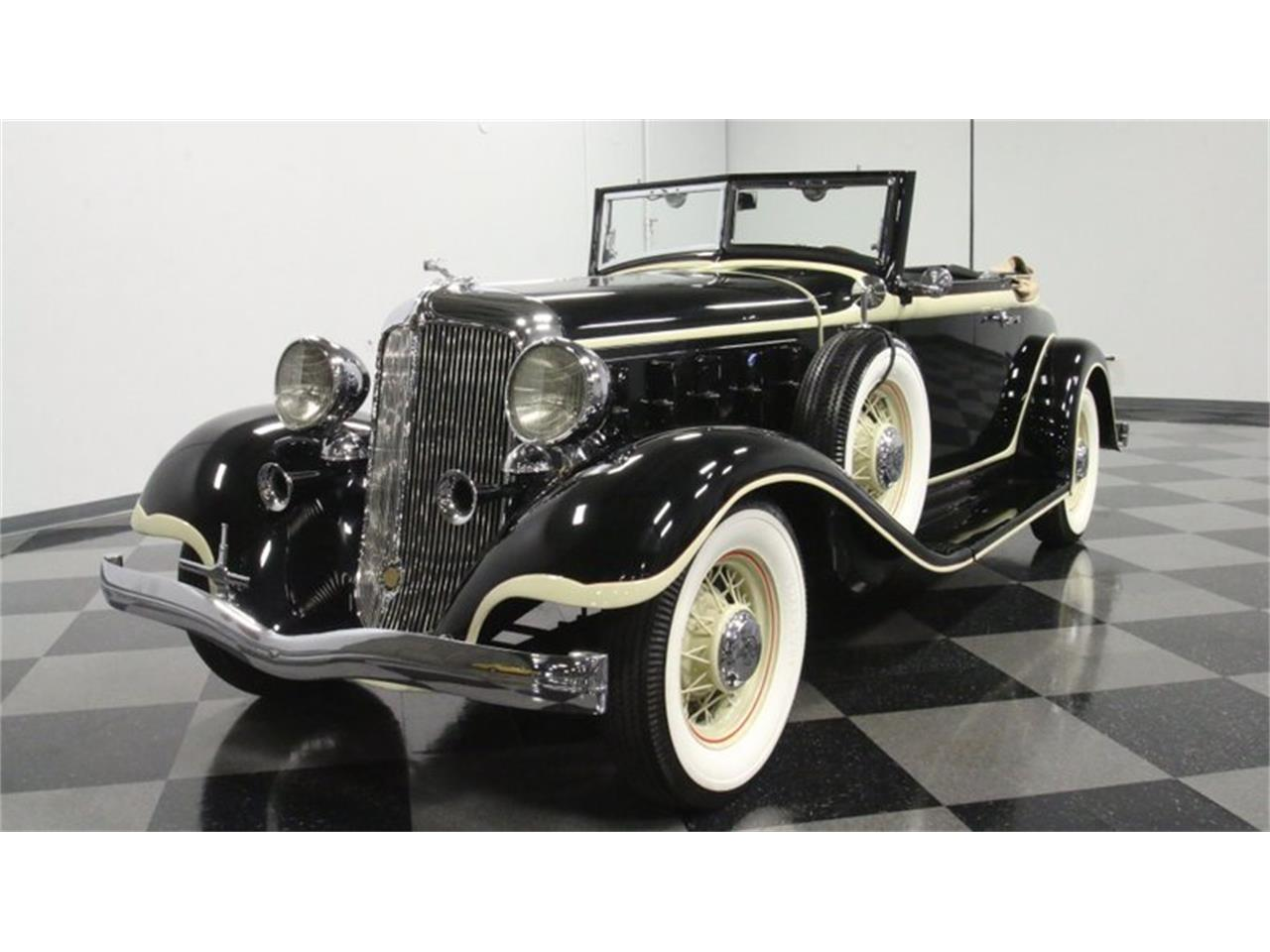 Large Picture of Classic 1933 Chrysler Imperial located in Georgia Offered by Streetside Classics - Atlanta - QPTQ
