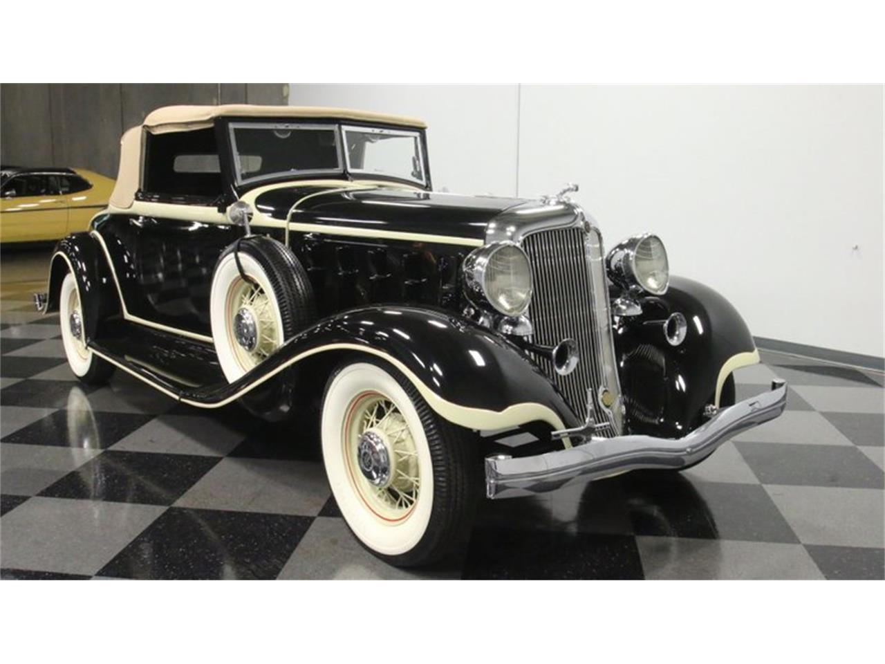 Large Picture of '33 Chrysler Imperial located in Lithia Springs Georgia Offered by Streetside Classics - Atlanta - QPTQ