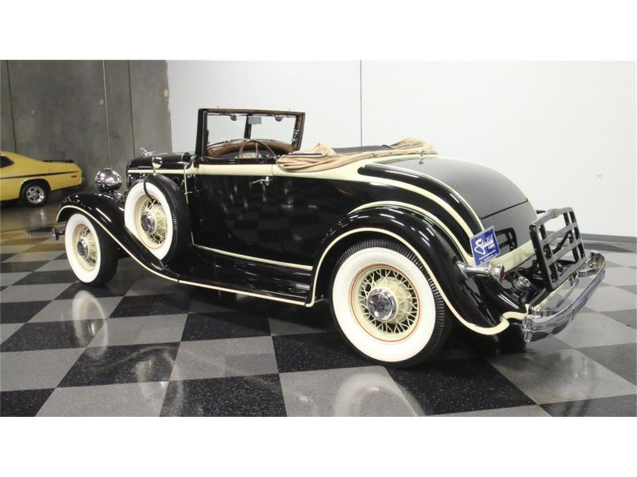 Large Picture of Classic 1933 Chrysler Imperial located in Lithia Springs Georgia - QPTQ