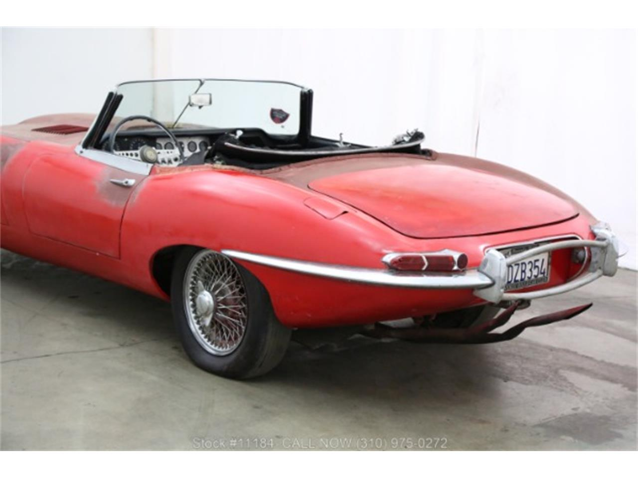 Large Picture of Classic '62 Jaguar XKE located in Beverly Hills California - QPUY