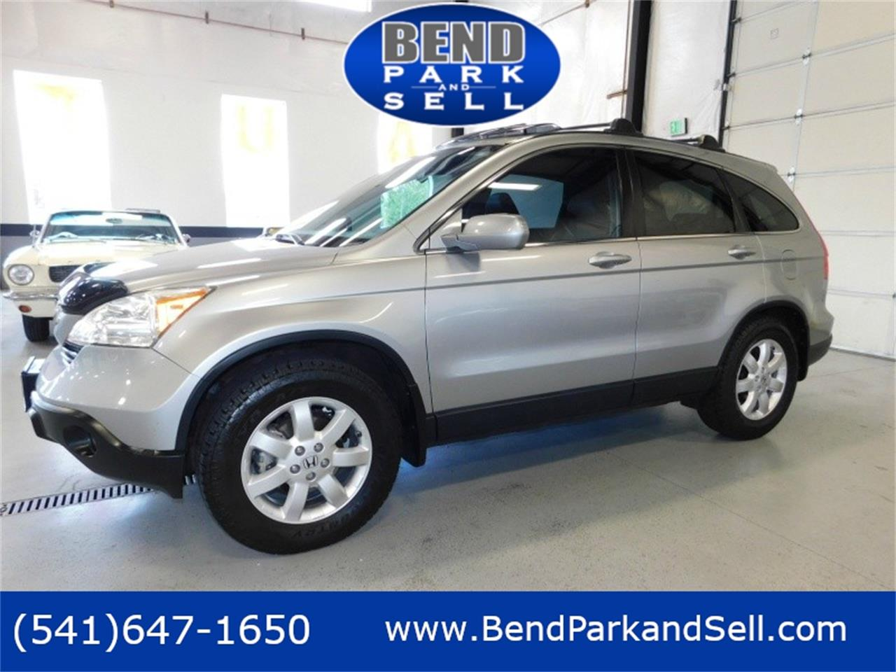 Large Picture of 2008 Honda CRV Offered by Bend Park And Sell - QPWW