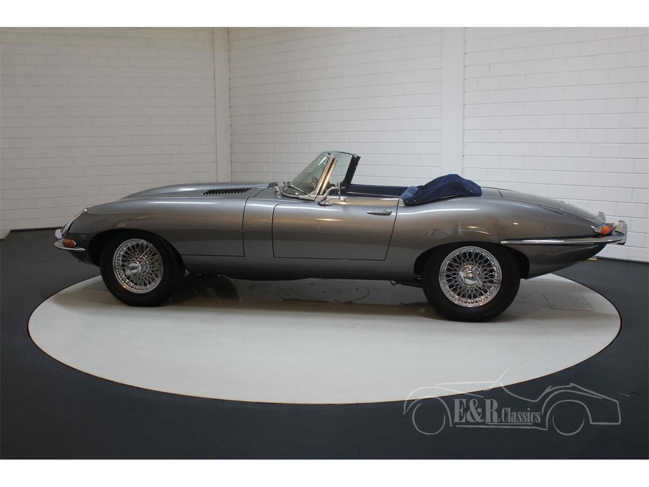 Large Picture of Classic 1967 E-Type - QQ1I
