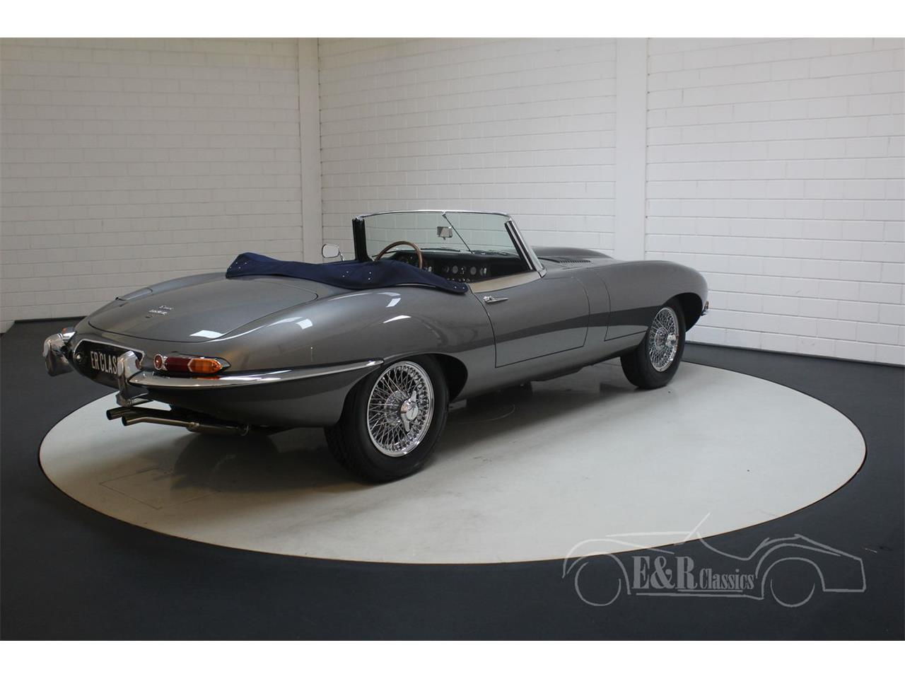 Large Picture of Classic 1967 Jaguar E-Type located in Waalwijk Noord-Brabant Offered by E & R Classics - QQ1I