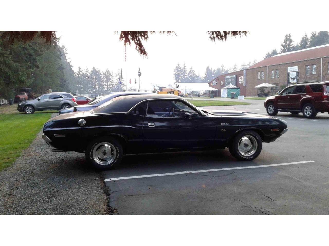 Large Picture of '70 Challenger - QQ47