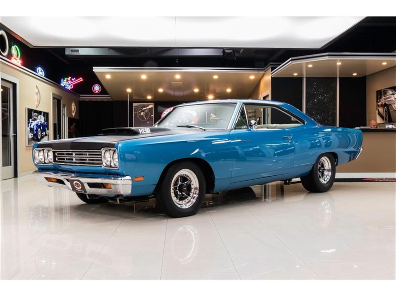 Large Picture of Classic '69 Road Runner located in Michigan - $89,900.00 Offered by Vanguard Motor Sales - QQ5A