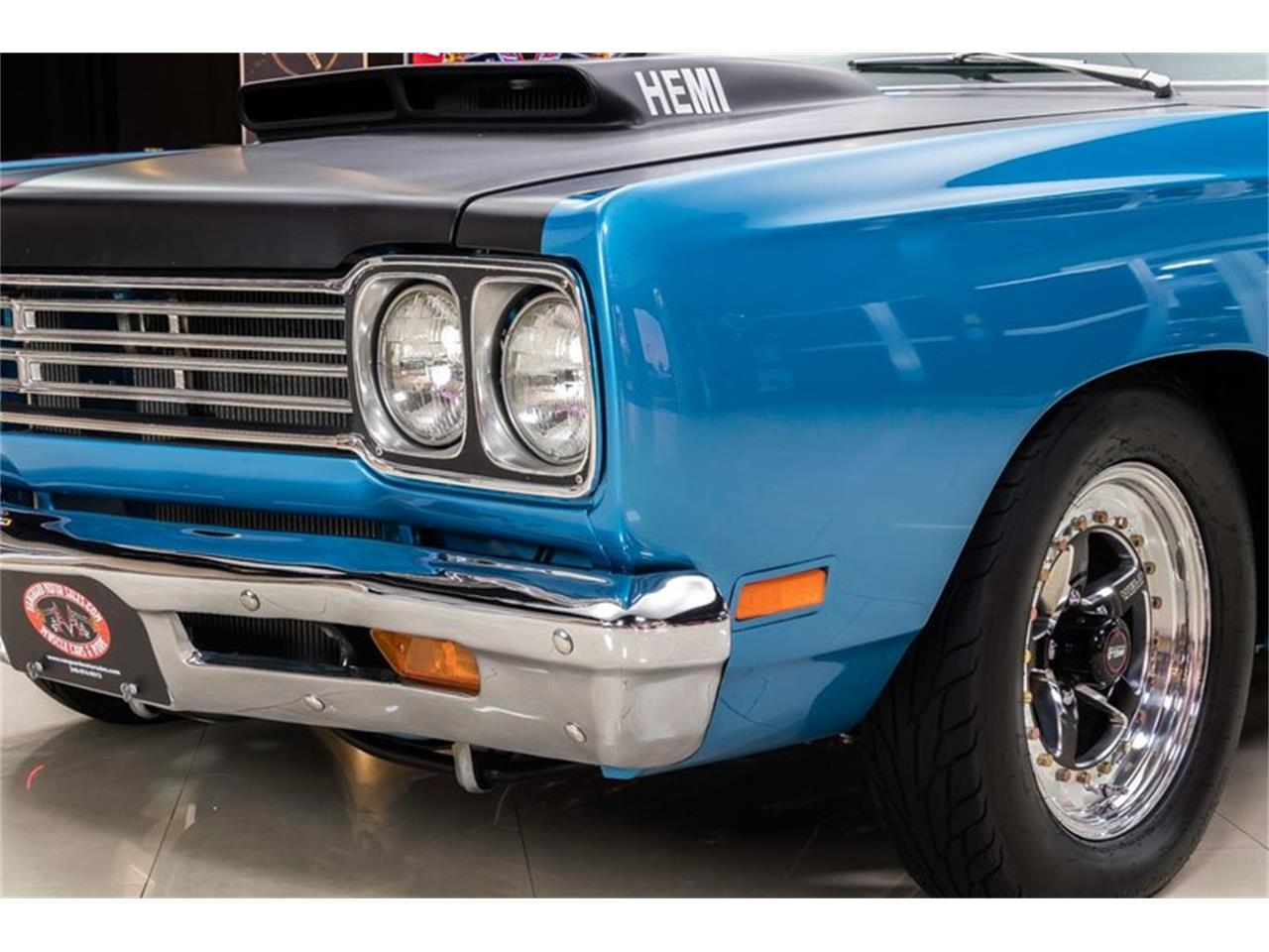 Large Picture of 1969 Road Runner located in Plymouth Michigan Offered by Vanguard Motor Sales - QQ5A