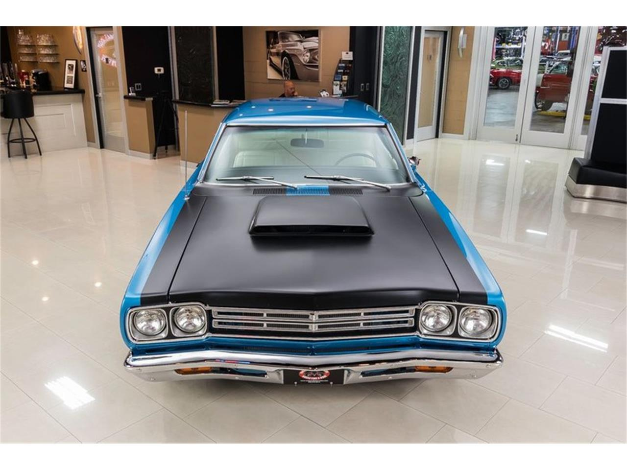 Large Picture of Classic 1969 Road Runner Offered by Vanguard Motor Sales - QQ5A