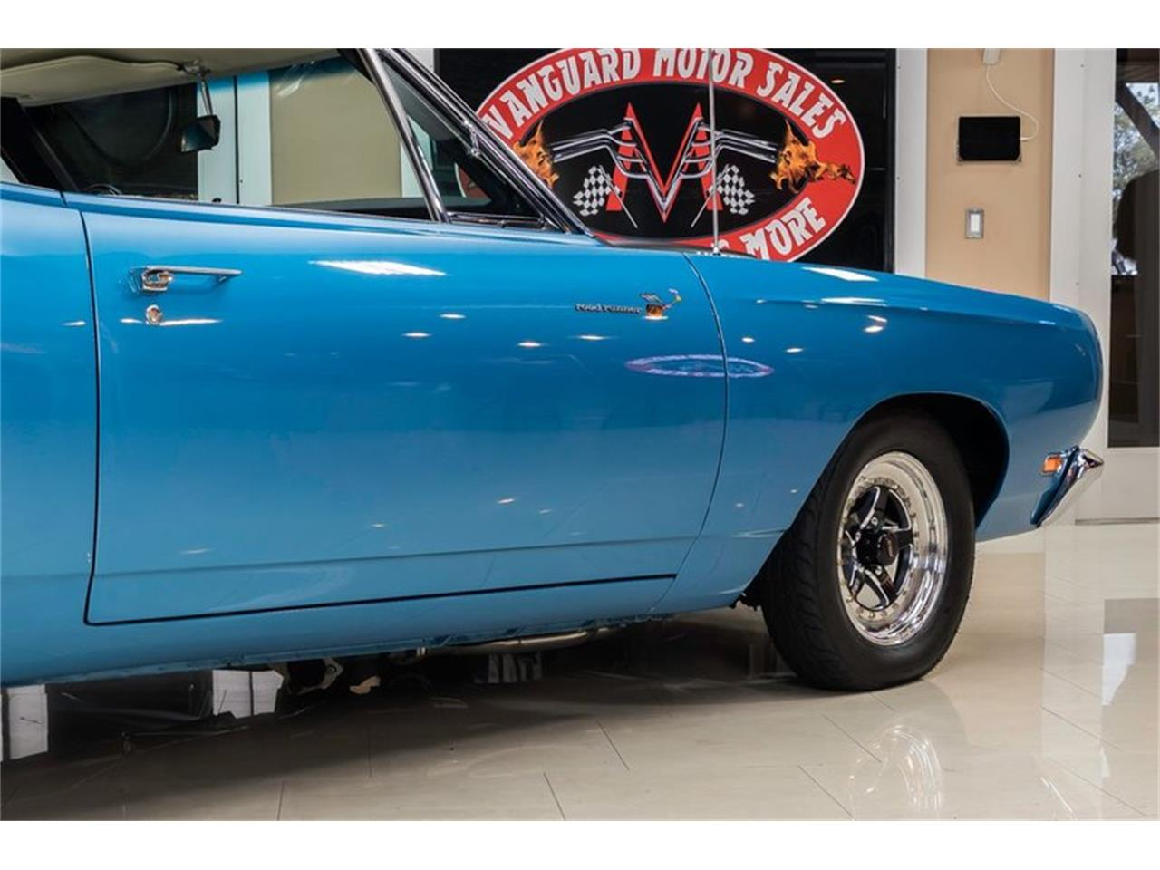 Large Picture of Classic '69 Road Runner located in Plymouth Michigan Offered by Vanguard Motor Sales - QQ5A
