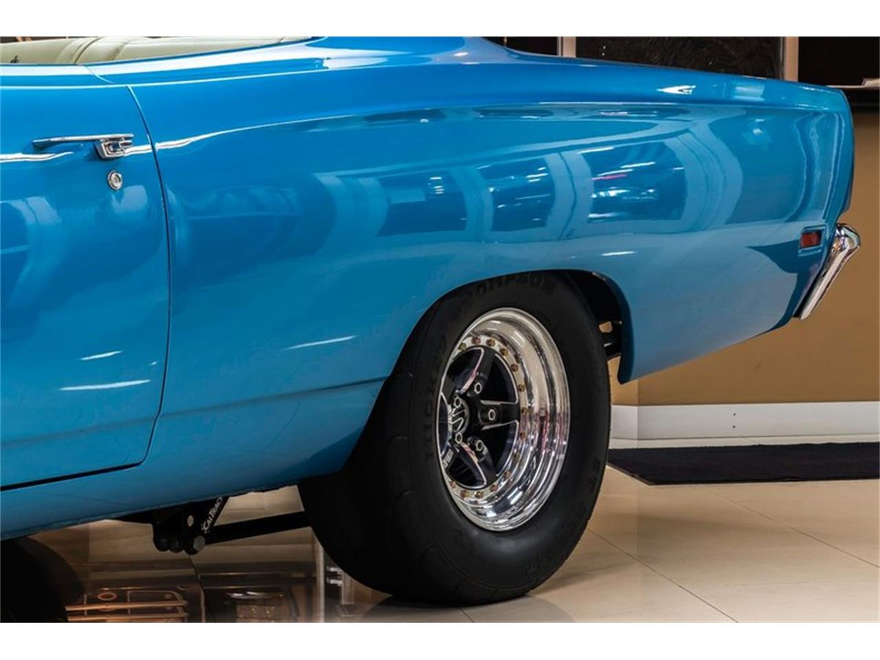 Large Picture of 1969 Road Runner - QQ5A